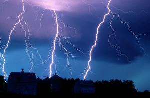 lightning-fills-the-night-sky-joel-sartore